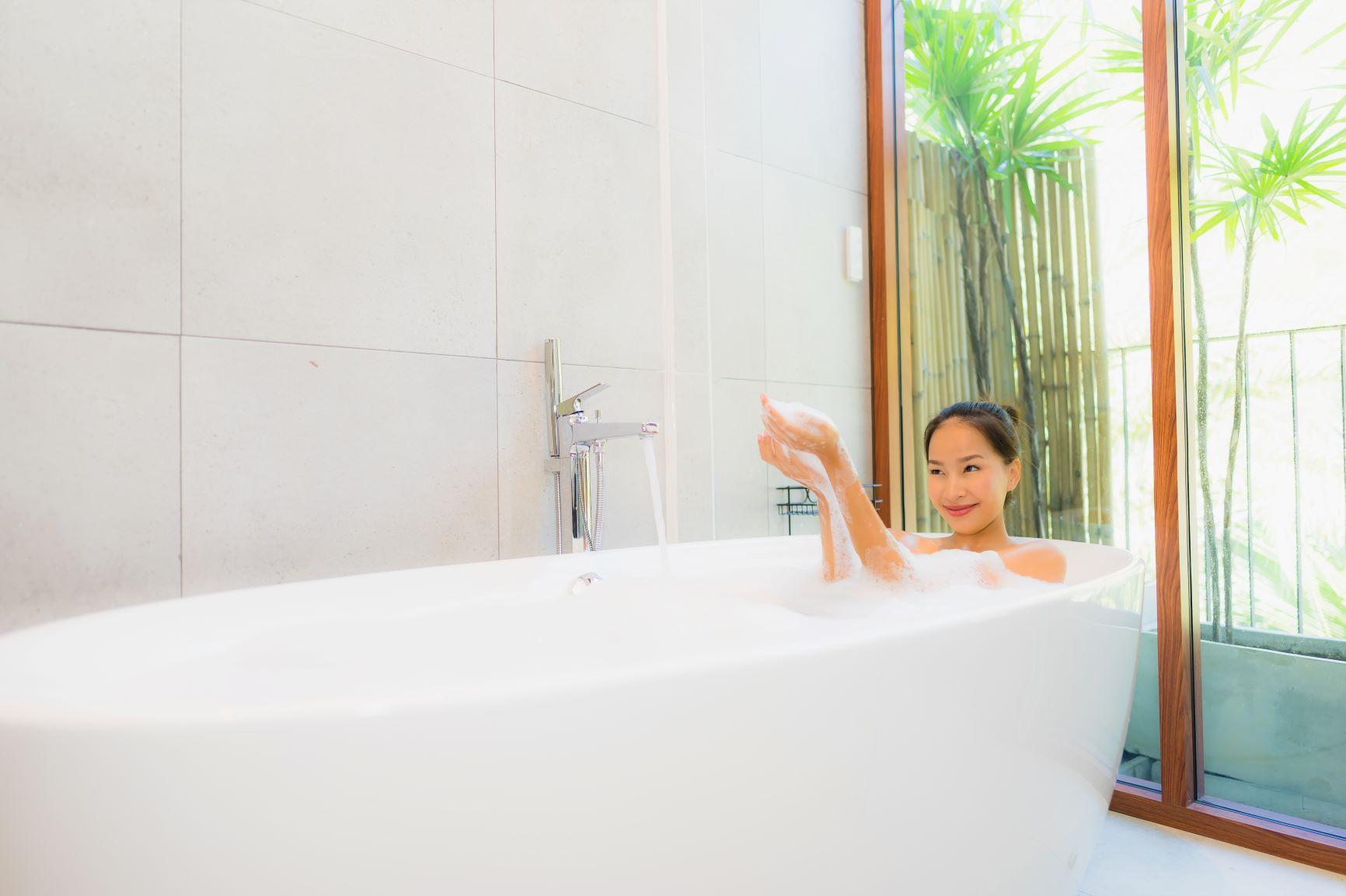 Simple Reminders An Choosing A Bath Tub