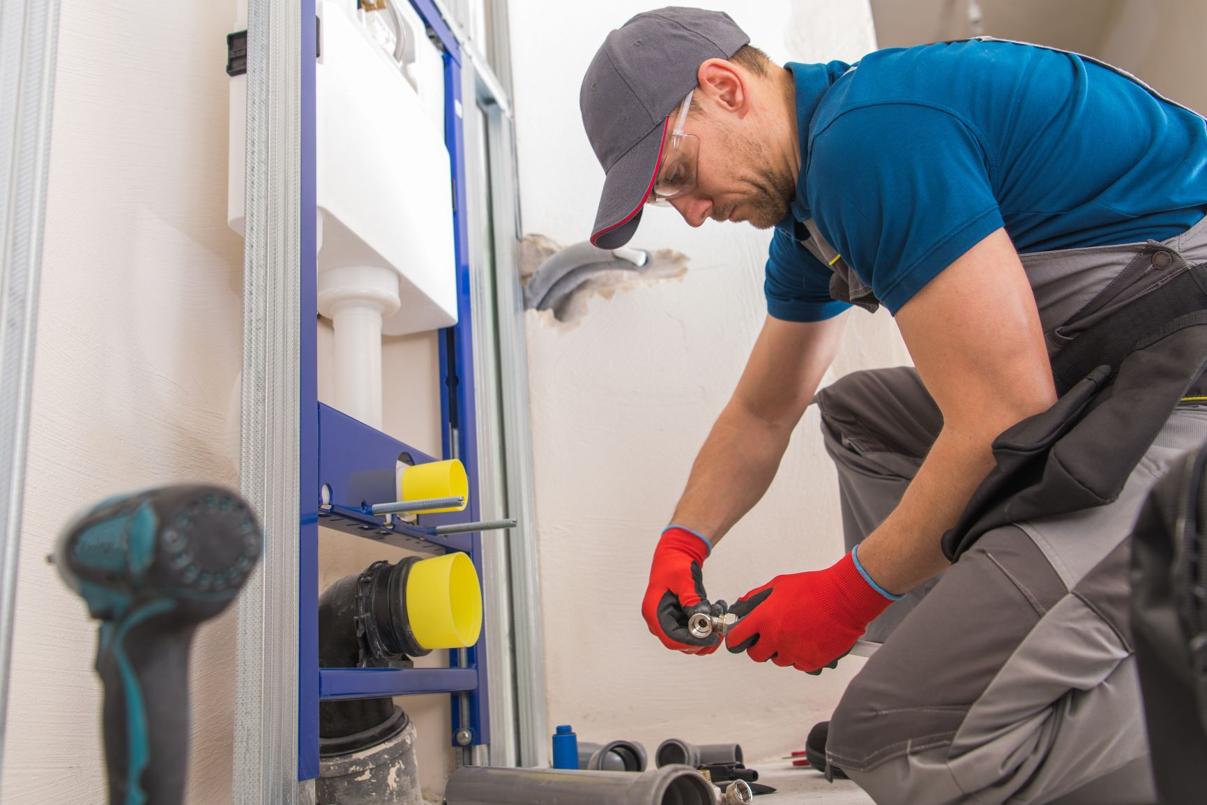 What's the difference Between a Plumber and a Plumbing Contractor?