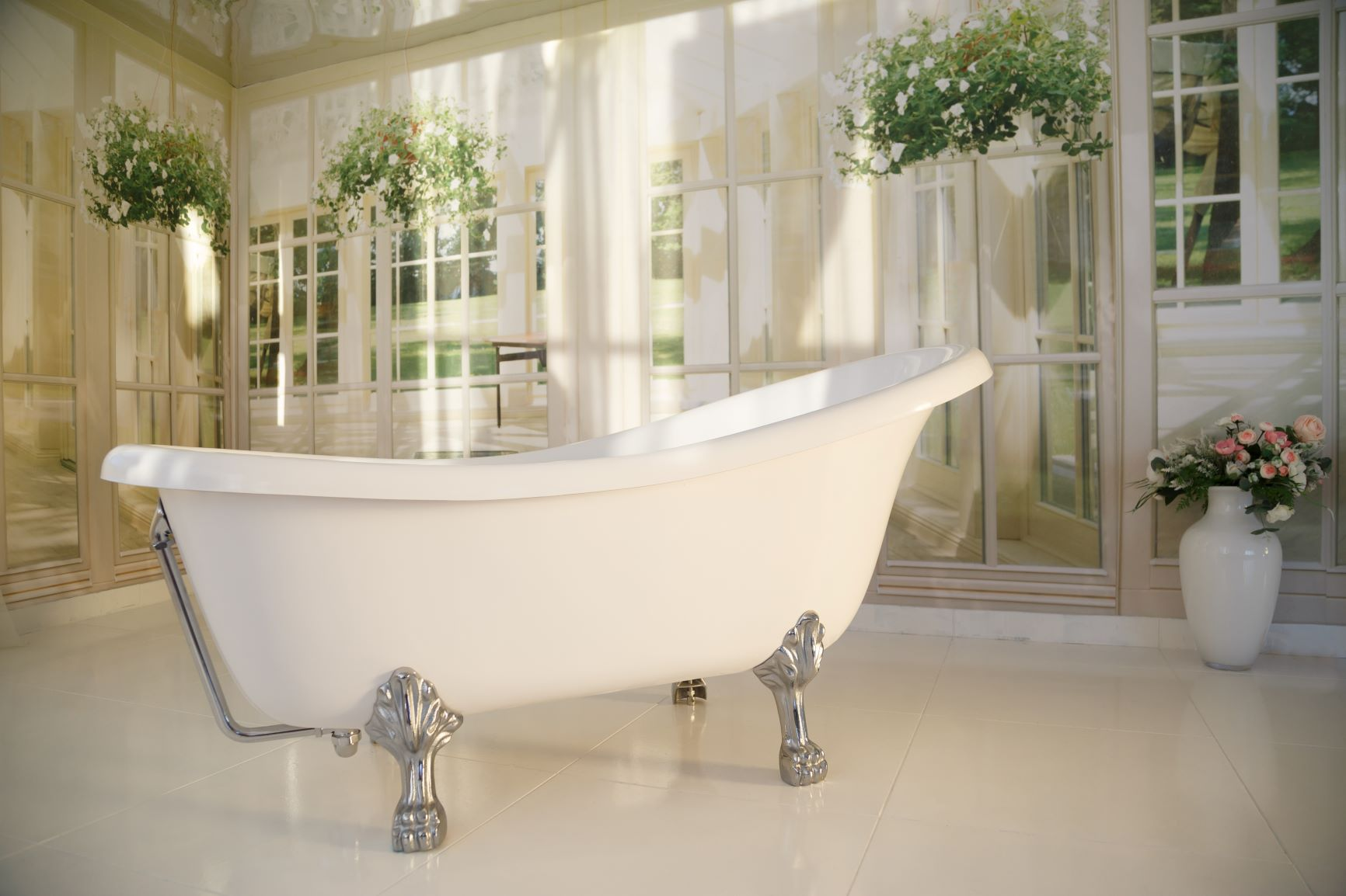 THE EVOLUTION OF CLAWFOOT TUBS